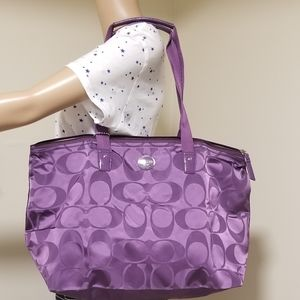 Coach tote with pouch